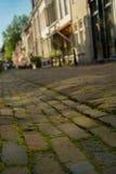 Nederlandse het winkelen straat in Wijk bij Duurstede Stock Afbeeldingen
