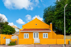 Nederlandse kleurrijke huizen op Caraïbische Bonaire, Royalty-vrije Stock Fotografie