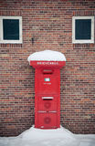 Nederlandse postbox stock foto