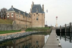 Nederlandse toren en gestapte geveltop Royalty-vrije Stock Foto