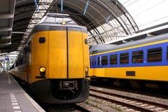 Nederlandse treinen royalty-vrije stock afbeeldingen