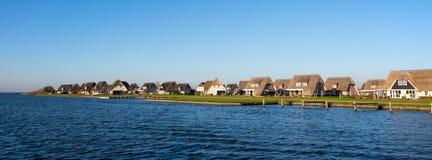 Nederlandse vakantiehuizen stock foto