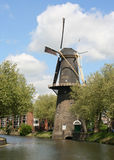 Nederlandse Windmolen Stock Foto's