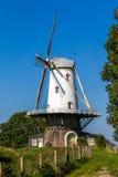 Nederlandse windmolen bij de borstwering van Veere Royalty-vrije Stock Afbeeldingen