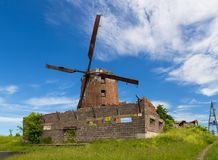 Nederlandse windmolen van 1765, behoord tot de prominente Pomeranian-families stock fotografie