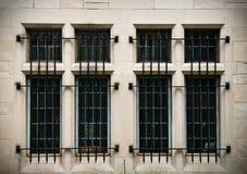 nedfläckada fönster för säkerhet Royaltyfria Bilder