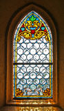 nedfläckadt fönster för kyrkligt exponeringsglas Royaltyfri Fotografi