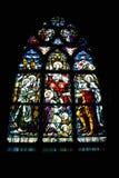 nedfläckadt fönster för kyrkligt exponeringsglas Arkivbilder