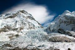 Is-nedgång khumbu Arkivbilder