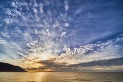 Nedgång på Lake Baikal, Royaltyfria Bilder