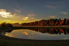 Nedgång på sjön Arkivbild