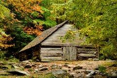 Nedgången kommer till en dal i Great Smoky Mountains Royaltyfria Bilder
