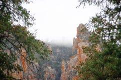 Nedgånglövverk på Sedona, AZ Arkivbild