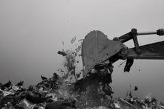 nedgrävning av sopor Royaltyfri Foto