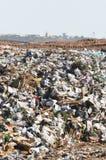nedgrävning av soporavfall Royaltyfri Foto