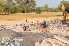 Nedgrävning av soporplats, giftlig avfalls Royaltyfria Bilder