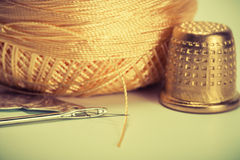 Needle, thread, thimble Royalty Free Stock Photography