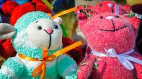 Needlework, игрушки оригинала в форме забавных кукол Стоковые Фотографии RF