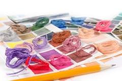 needlework embroidery Cores do fósforo da linha fotos de stock royalty free