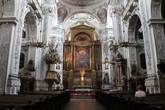 Nef de Ла Dominikanerkirche (Вьенна - Autriche) Стоковая Фотография