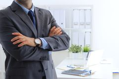 Negócio e escritório, conceito dos povos - homem de negócios novo amigável imagem de stock royalty free