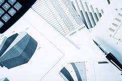 Negócio e os relatórios financeiros Imagens de Stock