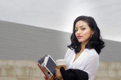 Negócio exótico do estudante de jovem mulher da beleza Imagens de Stock
