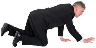 Negócio, homem de negócios Crawl na terra isolada Imagem de Stock Royalty Free
