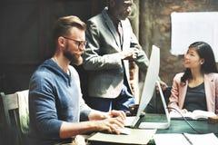 Negócio Team Meeting Brainstorming Working Concept fotografia de stock