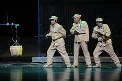 Negative Bilder von Soldaten Jiangxi-Oper eine Laufgewichtswaage Lizenzfreies Stockbild