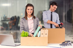 Negócio que move-se no escritório Foto de Stock Royalty Free