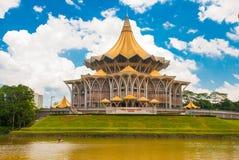 Negeri undangan Sarawak de Dewan Assemblée législative d'état de Sarawak dans Kuching, Sarawak, Malaisie Images libres de droits