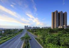 Negligencie a avenida xiangan no por do sol, adôbe rgb fotografia de stock