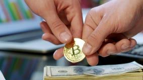 Negocio comercial de Bitcoin Compra del cryptocurrency para el efectivo metrajes
