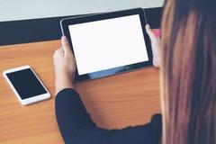 Negocio de trabajo independiente adolescente en la tableta Fotos de archivo