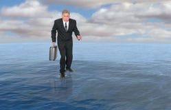 Negocio, hombre de negocios Walk Water, éxito Imagenes de archivo
