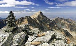 Negoiu-Spitze in den Fagaras-Bergen Stockfotos