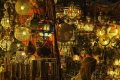Negozio al EL-Fnaa di Jemaa, quadrato della lampada a Marrakesh, Marocco Fotografia Stock Libera da Diritti