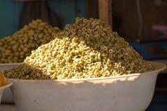 Negozio con le olive, Marocco Fotografia Stock