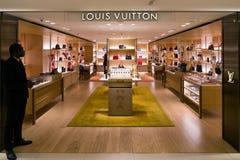 Negozio di lusso di marca a Milano, Italia Fotografia Stock