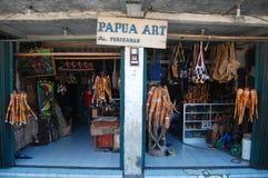 Negozio di regalo Jayapura di arte della Papuasia fotografia stock libera da diritti