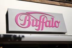Negozio di scarpe della Buffalo immagini stock