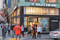 Negozio di scarpe di Skechers Fotografia Stock Libera da Diritti