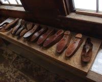 Negozio di scarpe storico Immagine Stock