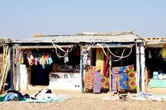 Negozio generale in Africa rurale immagine stock
