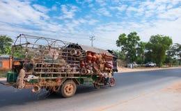 Negozio mobile per la vendita di ceramico Fotografia Stock Libera da Diritti