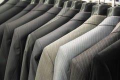 Negozio per i vestiti degli uomini Immagini Stock Libere da Diritti
