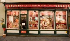 Negozio tradizionale della caramella in Austria fotografia stock libera da diritti