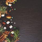 Negro del fondo del Año Nuevo o de la Navidad, espacio para el texto Fotografía de archivo libre de regalías