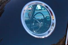 Negro Ford Thunderbird 1956 Imagenes de archivo
